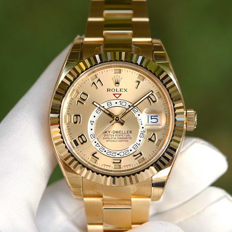 Rolex Oyster Perpetual  Sky Dweller Yellow Gold 326938