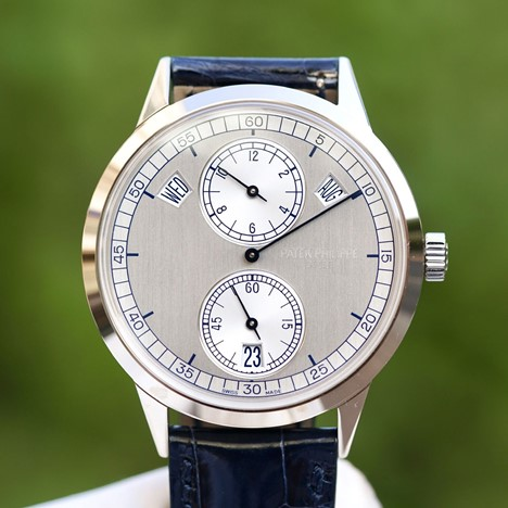 Patek Philippe Complications Calatrava Retrograde
